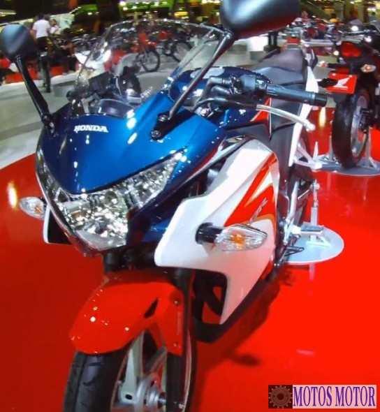 CBR 250R 2012 Salão