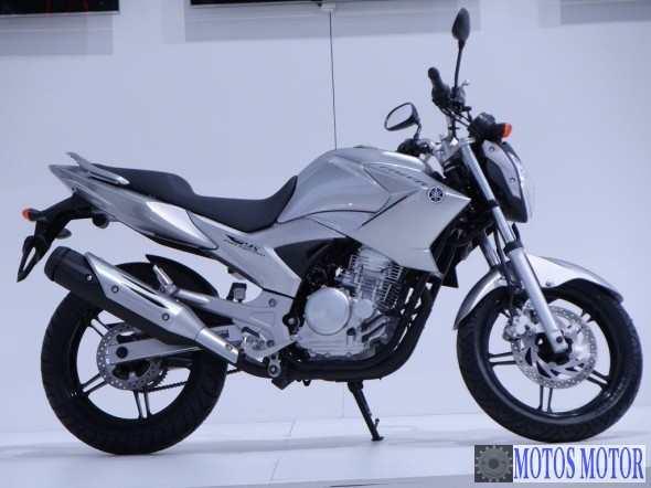 FAZER YS-250 2012 Prata