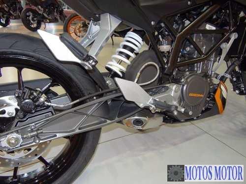 KTM DUKE 200 2012 Suspensao