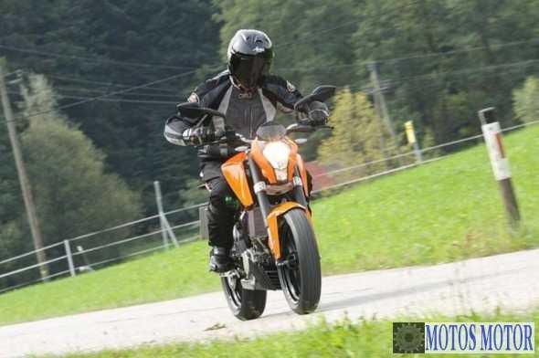 KTM DUKE 200 Teste