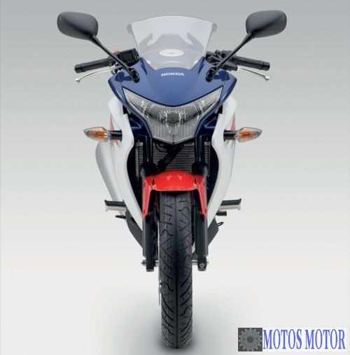 CBR 250R 2012 Frente