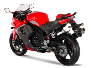 COMET GT 650R 2013 Traseira