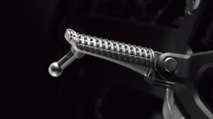 YZF R1 2013 Pedal
