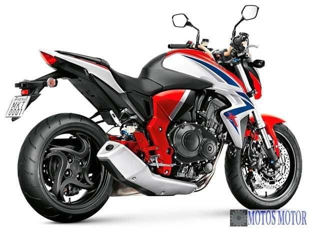 street fighter cb 1000r da honda. Black Bedroom Furniture Sets. Home Design Ideas