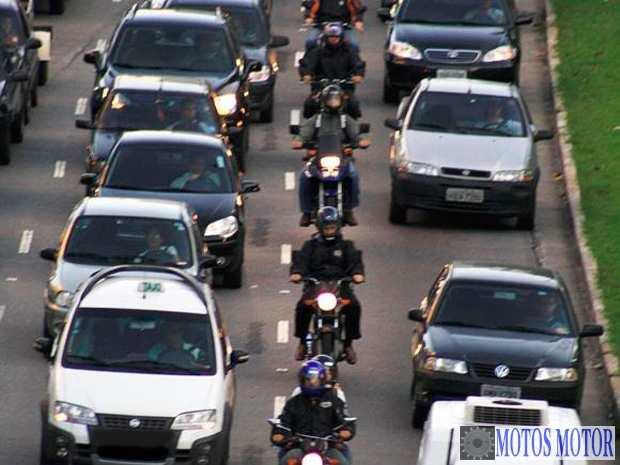 2014 - Motoboys recebem adicional de risco