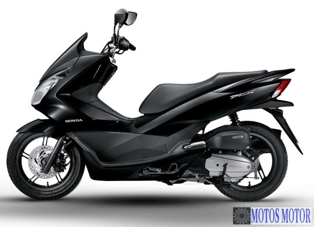 honda pcx 2017 euro4 nouveaux pneus michelin city grip scooter dz 2017 2018 best cars reviews. Black Bedroom Furniture Sets. Home Design Ideas