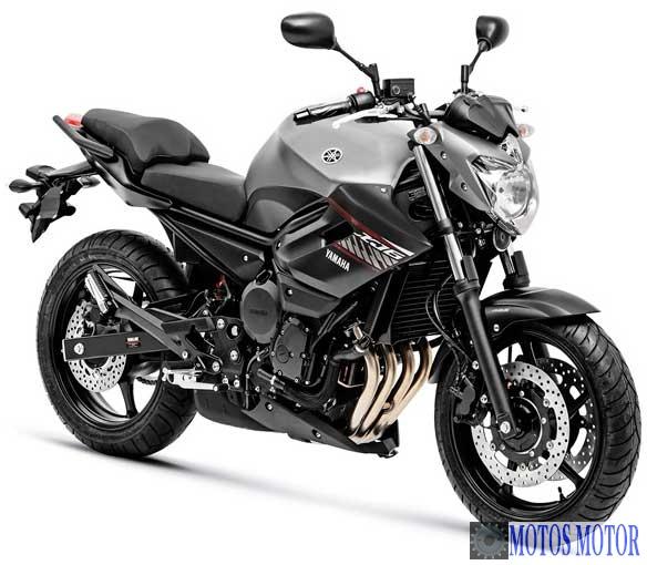 Yamaha XJ6N Cinza 2018
